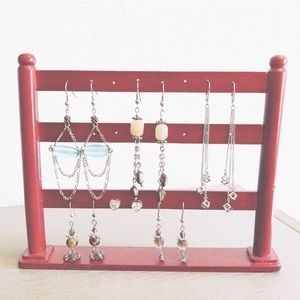 Jewelry - Set of 6 pairs of earrings / accent jewelry